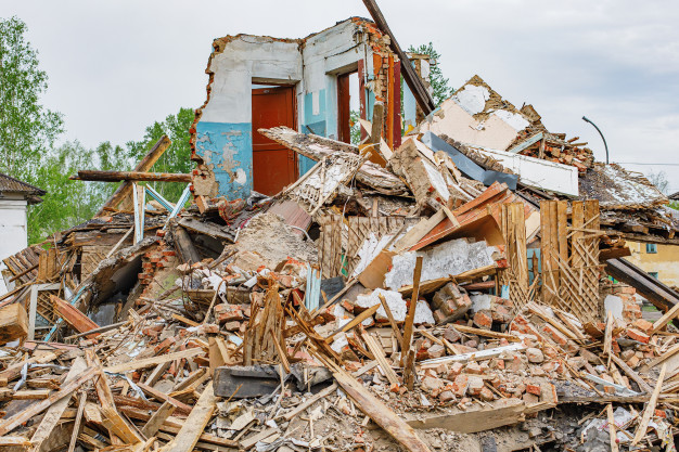 rubble-old-ruined-house_164075-1798